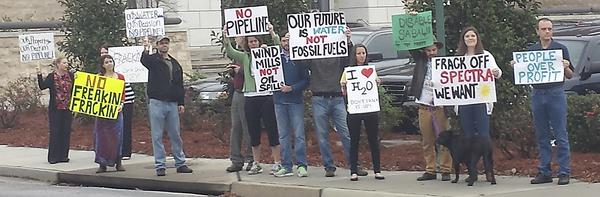 Citizens protest Sabal Trail pipeline in Valdosta, Georgia, at County Commissioners meeting.  Photo courtesy Matthew Woody, The Valdosta Daily Times.